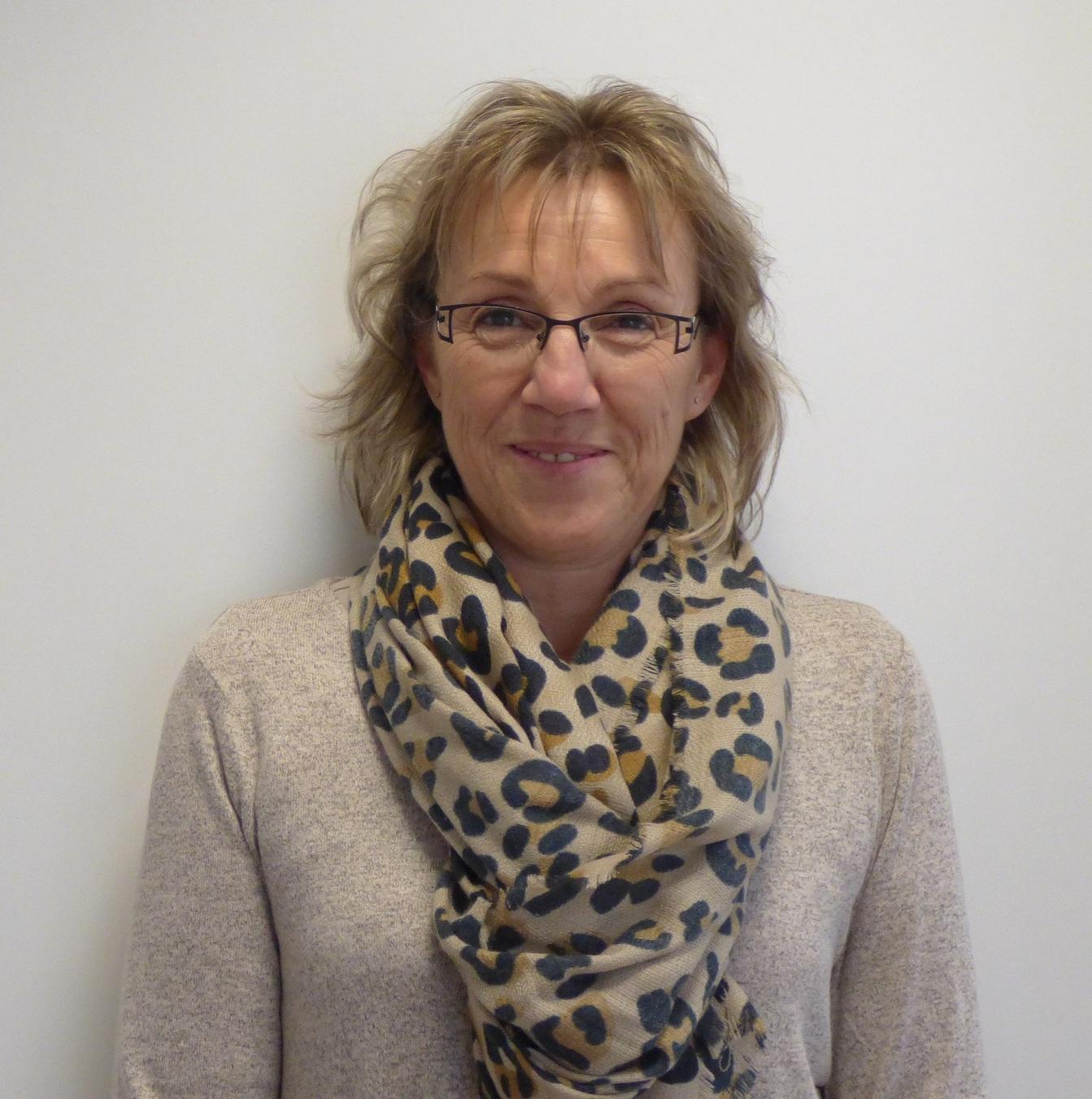Mme Betton - Administratif